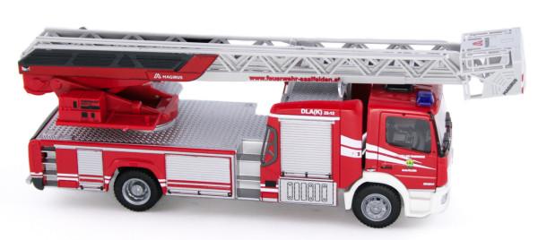 Rietze 71624 - Magirus DLK Atego ´19 Feuerwehr Saalfelden (AT) - 1:87