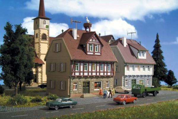 Vollmer 47643 - Wohnhaus mit Storchennest - N (7643)