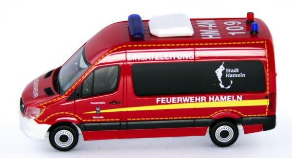 """Herpa 939720 - Mercedes-Benz Sprinter `13 Bus ELW """"Feuerwehr Hameln"""" - 1:87"""