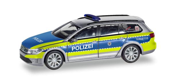 """Herpa 095020 - Volkswagen Passat GTE """"Polizei Hessen"""" - 1:87"""