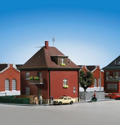 Kibri 38716 (8716) - Haus Fabrikstraße - H0