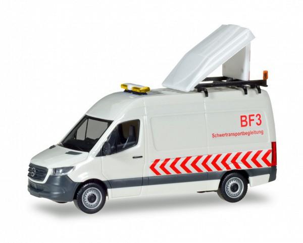 """Herpa 093880 - Mercedes-Benz Sprinter Kasten Hochdach BF3 """"Schwertransportbegleitung"""" - 1:87"""