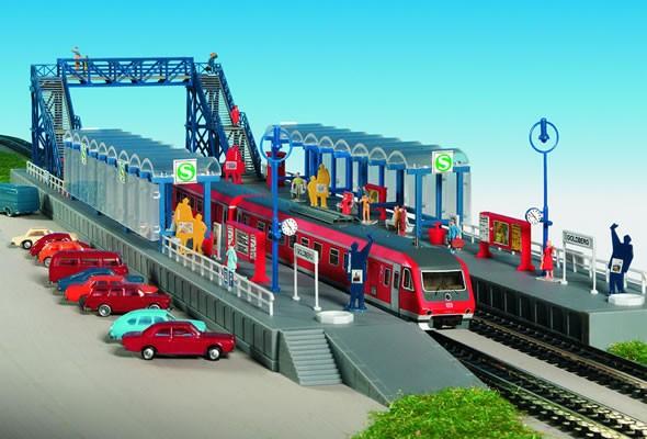 Kibri 37756 (7756) - S-Bahn-Haltestelle mit Steg Goldberg - N