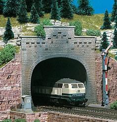 Vollmer 47813 - Tunnelportal 2-gleisig mit Aufsatz - N (7813)