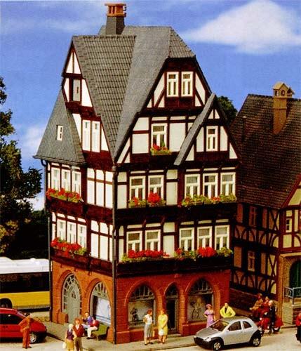 Kibri 38450 (8450) - Fachwerkstadthaus - H0