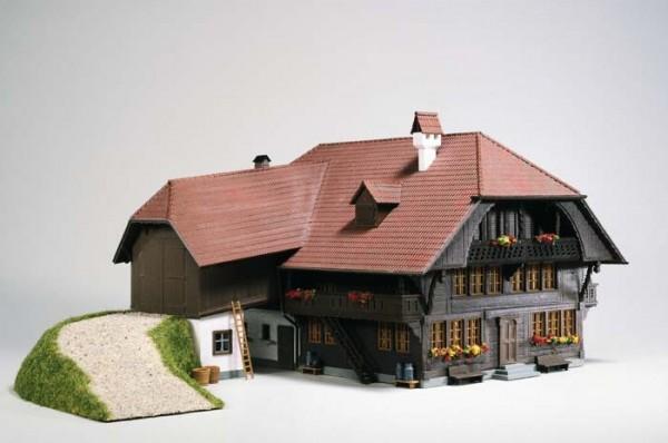 Kibri 38808 (8808) - Bauernhof in Emmental - H0