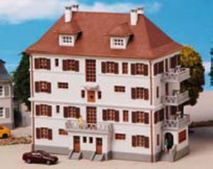 Kibri 37170 - Mehrfamilienhaus mit Balkon - N