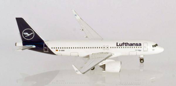 "Herpa Wings 533386 - Lufthansa Airbus A320neo - new colors ""Rastatt"" - D-AINO - 1:500"