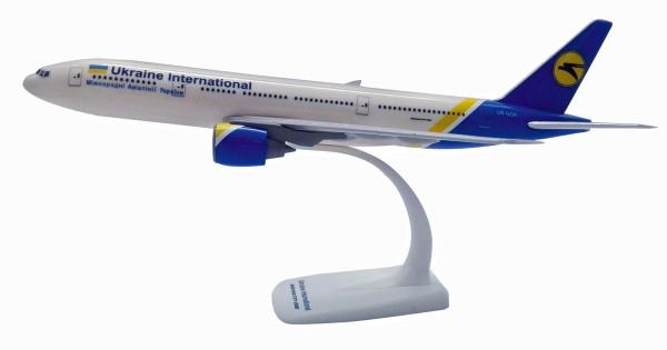 Herpa Wings 611992 - Ukraine International Airlines Boeing 777-200 - 1:200 - Snap-Fit