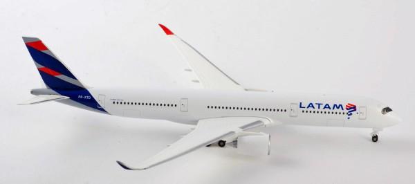 Herpa Wings 532754 - LATAM Brasil Airbus A350-900 - PR-XTD - 1:500