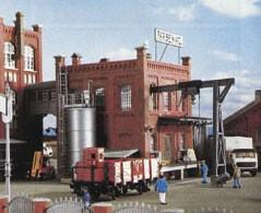 Kibri 39813 (9813) - Fabrik mit Anbau - H0