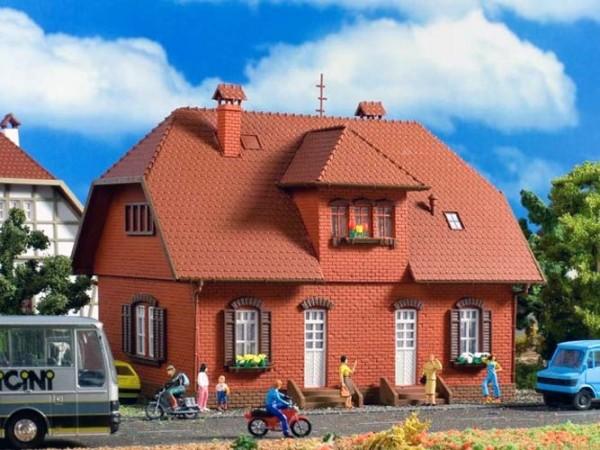 Vollmer 43659 - Siedlungshaus mit Klinker - H0 (3659)