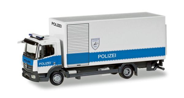 """Herpa 093538 - Mercedes-Benz Atego Koffer-LKW mit Ladebordwand """"Polizei Hamburg Entschärfer"""" - 1:87"""