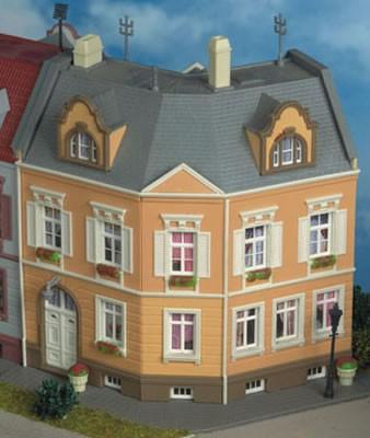 Kibri 38387 (8387) - Haus Am Schillerplatz - H0