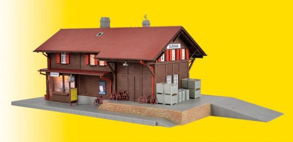Kibri 39519 - Bahnhof Surava inkl. Hausbeleuchtungs- Startset, Funktionsbausatz - H0