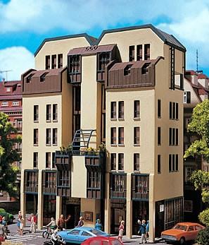 Vollmer 43801 - City-Wohnhaus - H0 (3801)
