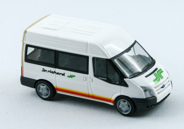 Rietze 31515 - Ford Transit 06 Dr. Richard (AT) - 1:87
